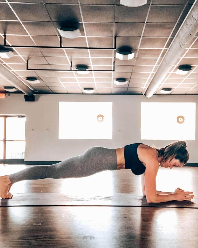 Proper Plank form to Work your Abs & Core Anywhere by Aleah Stander
